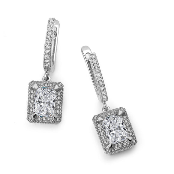 Sterling silver drop earrings and simulated diamonds by swarovski. - Zaitano