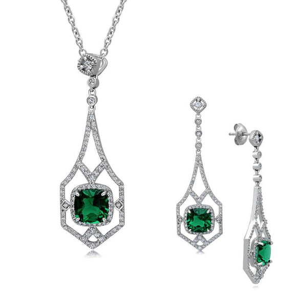 Fashion set with green simulated diamonds. - Zaitano