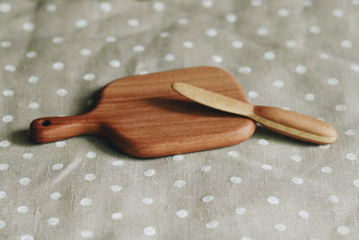 Wooden Chopping Board & Knife