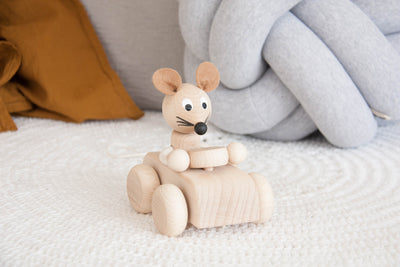 Wooden Pull Along Mouse