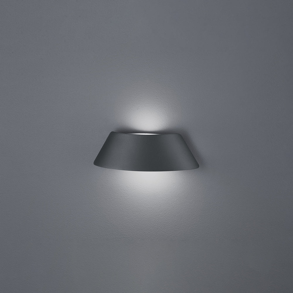 Aten Wall Light