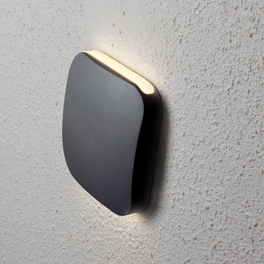 Vox LED Wall Light