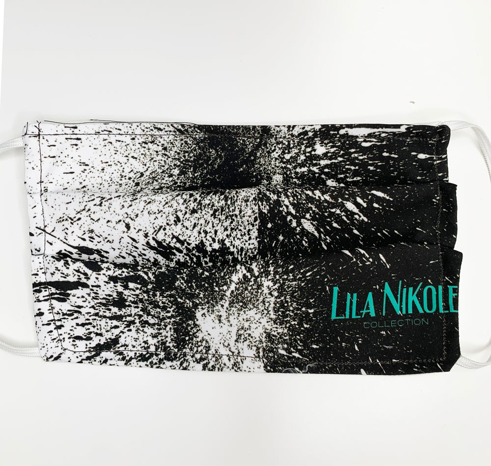 Load image into Gallery viewer, Signature Print 4 Face Mask - Lila Nikole