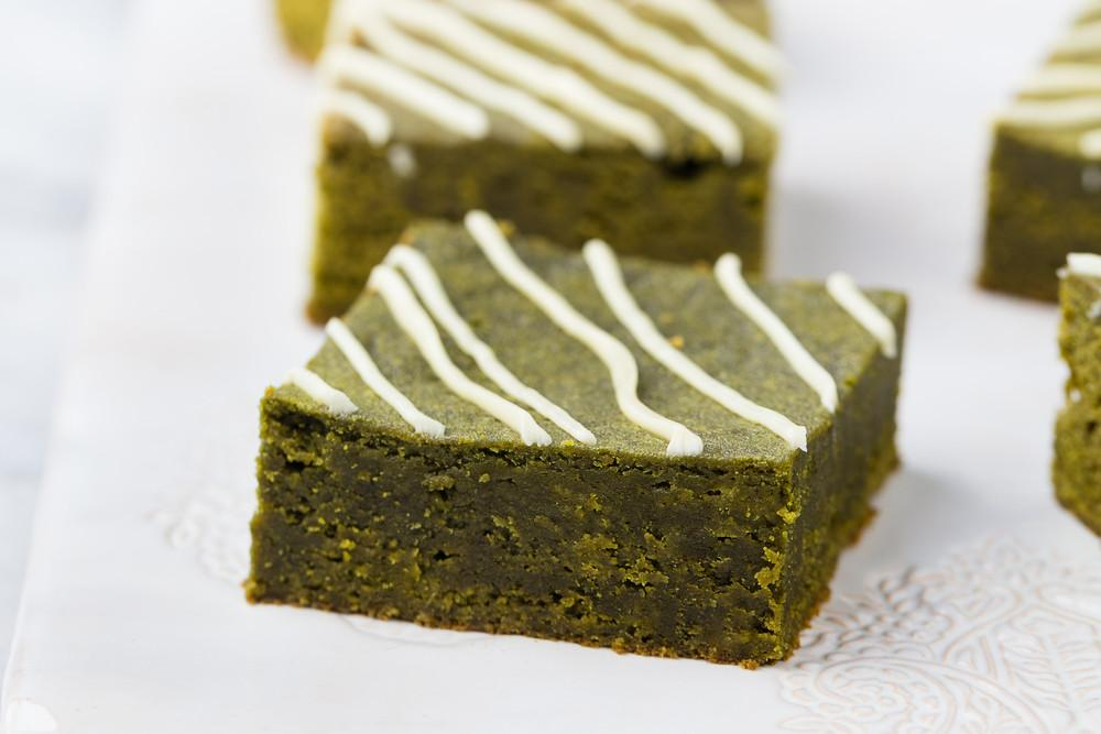 Matcha Yogurt Bark - Super Easy Snack Recipe
