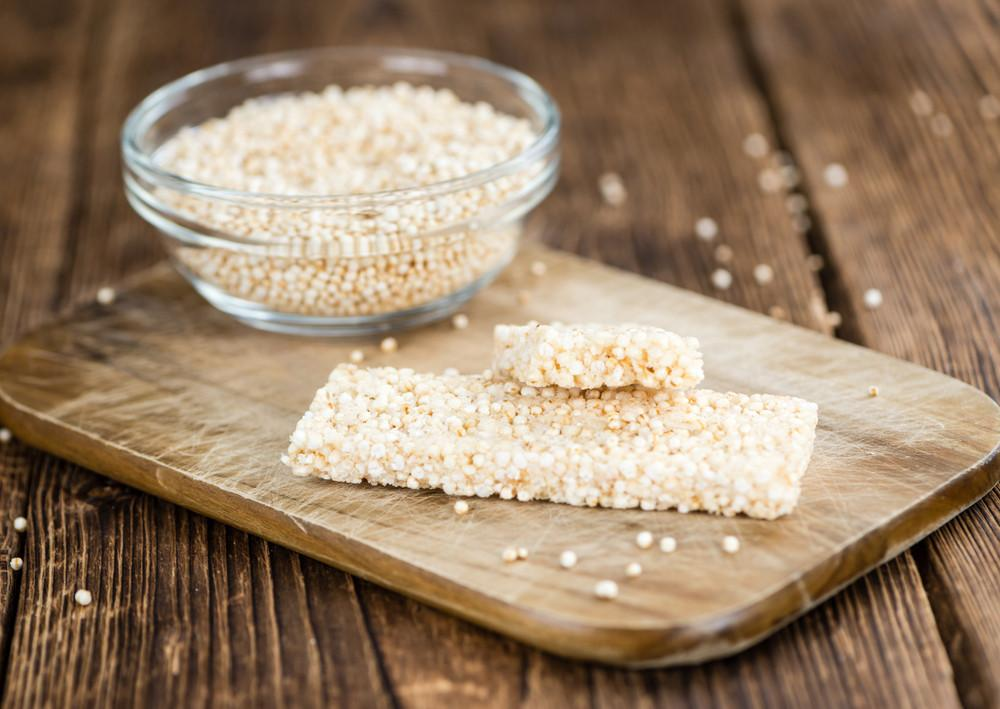 Taste & Feel The Power Of Quinoa With These Homemade Protein Bars