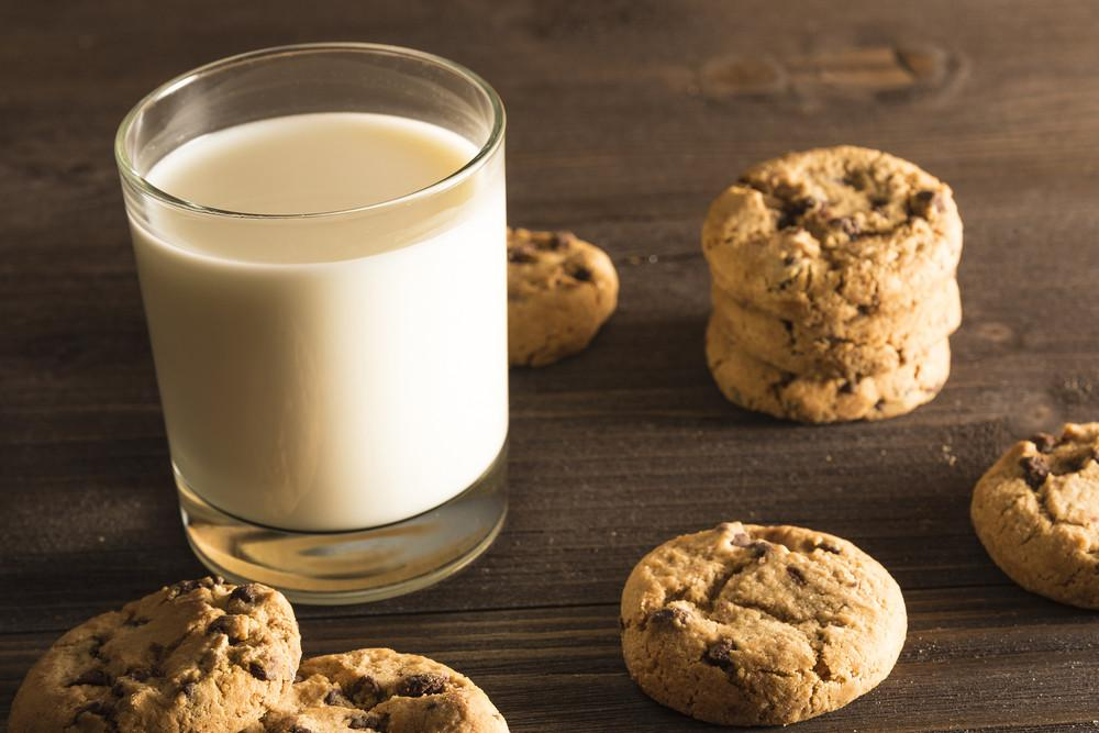 How To Eat Chocolate Chip Cookies & Get Your Protein Too