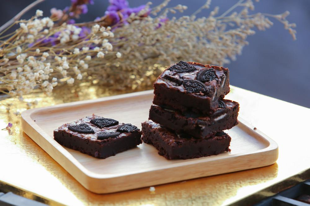 Try These Vegan Keto Protein Brownies