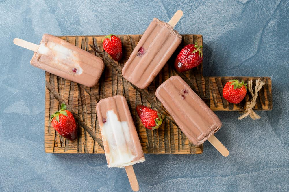 Make Healthy Eating Fun With These Pea Protein Pudding Popsicles