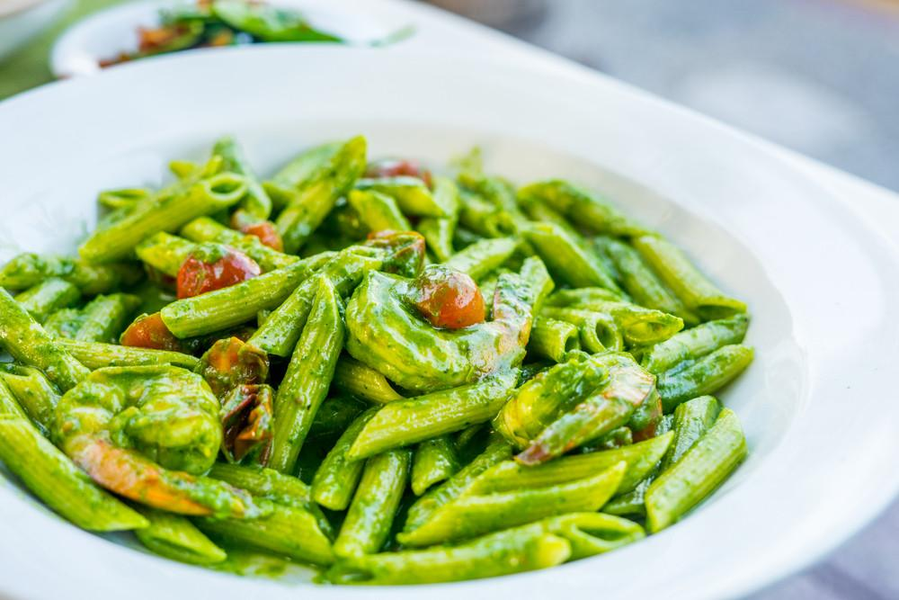 Organifi Pesto Pasta (Made With Zucchini Noodles!)