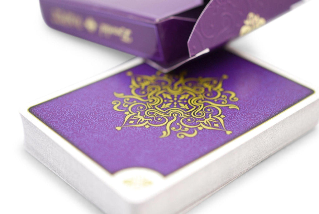 Aurum Sovereign Playing Cards - RarePlayingCards.com - 5