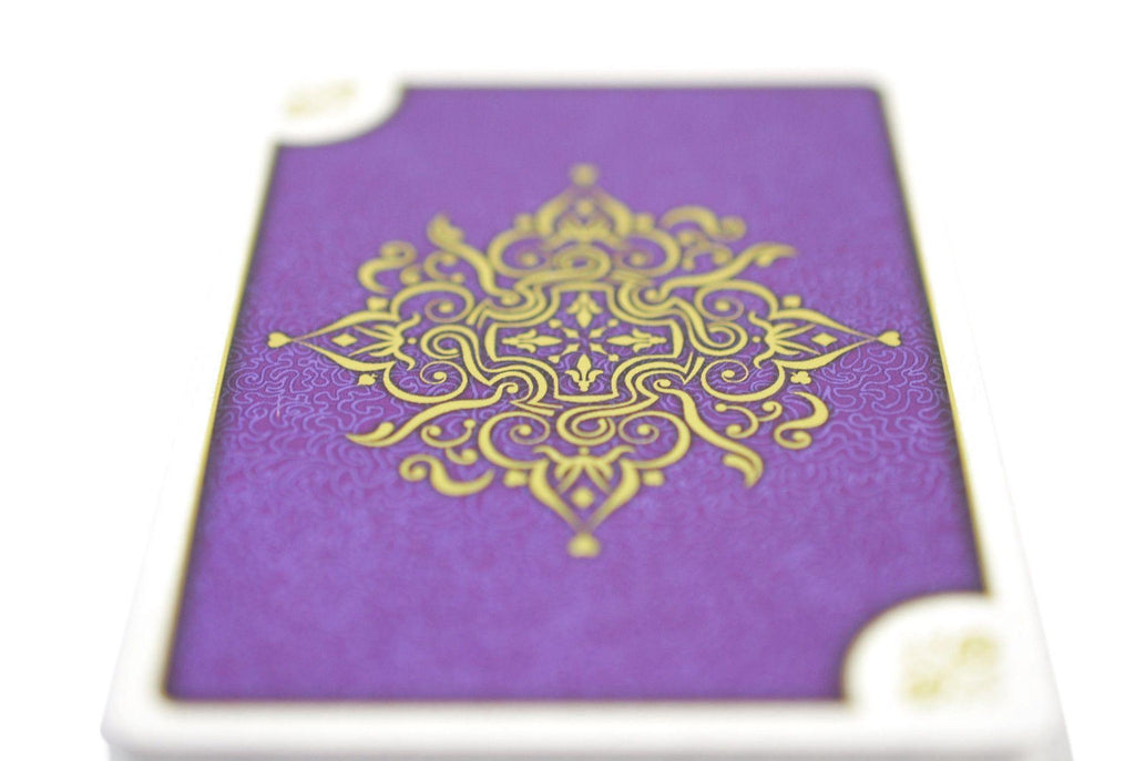 Aurum Sovereign Playing Cards - RarePlayingCards.com - 7