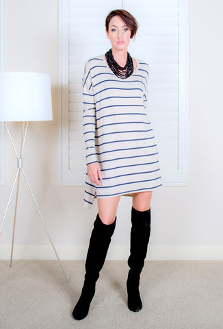 <b>BEACH DRESS</b> : Oatmeal / Navy Stripe