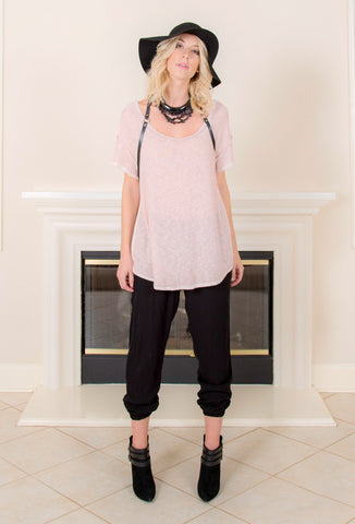 <b>SEAM BACK SHORT SLEEVE TEE </b> : Dusty Pink