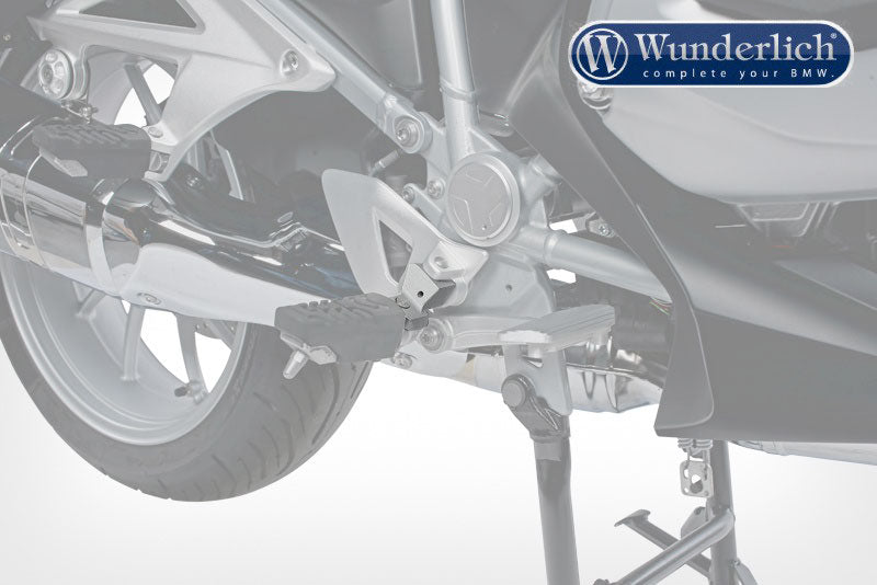 BMW R 1200 RT LC Ergonomics - Footrest Lowering