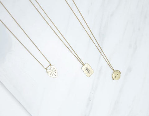 Oui Non necklace