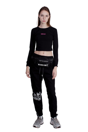 EMBLEM LONG SLEEVES CROP TOP | BLACK