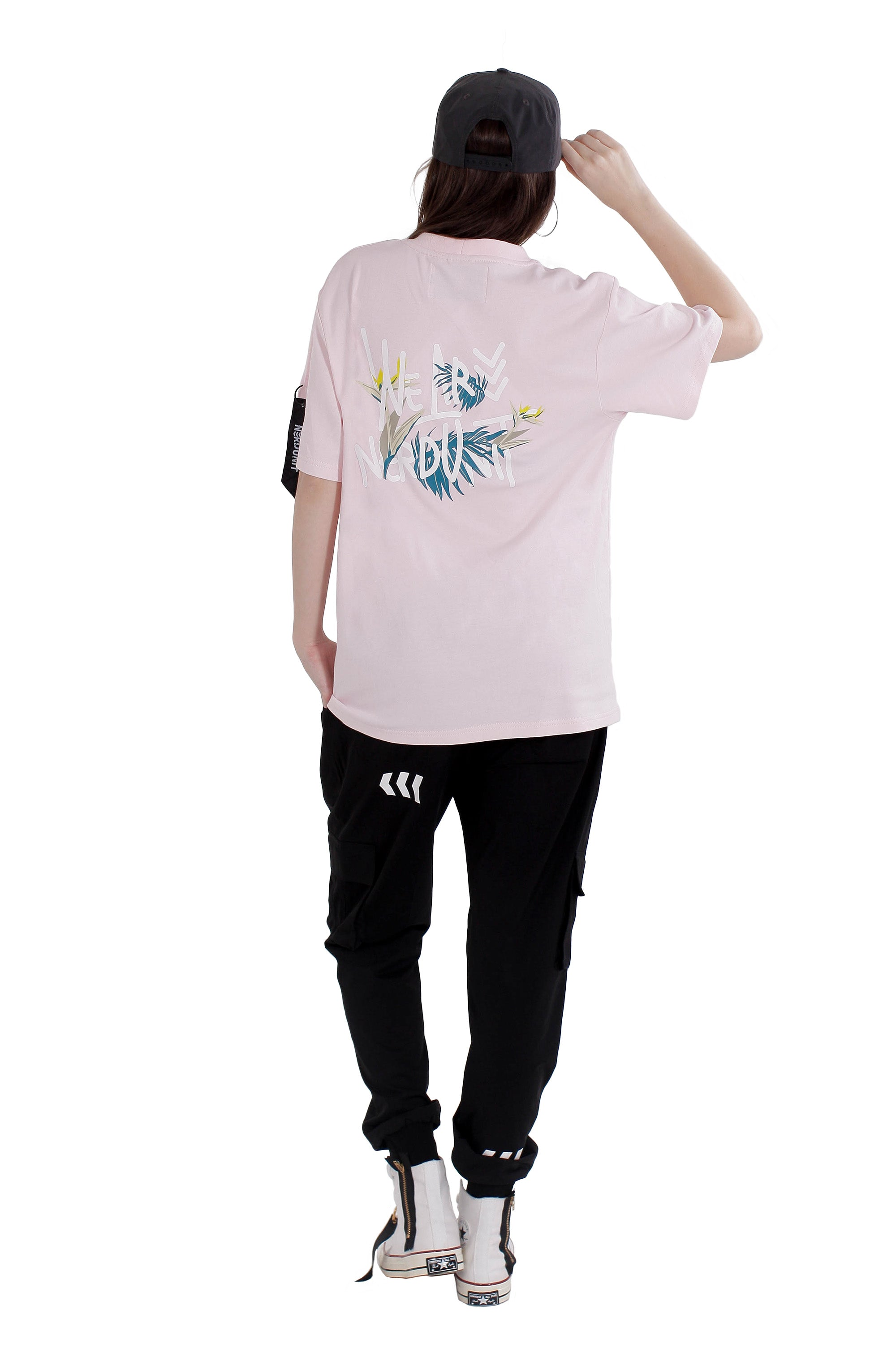 WE ARE NU FLORAL TEE | PINK