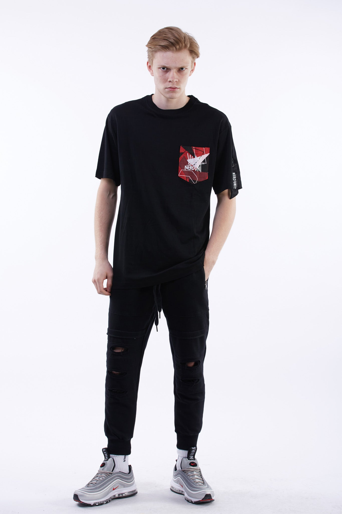 Red Camo Pocket T-Shirt (Black)