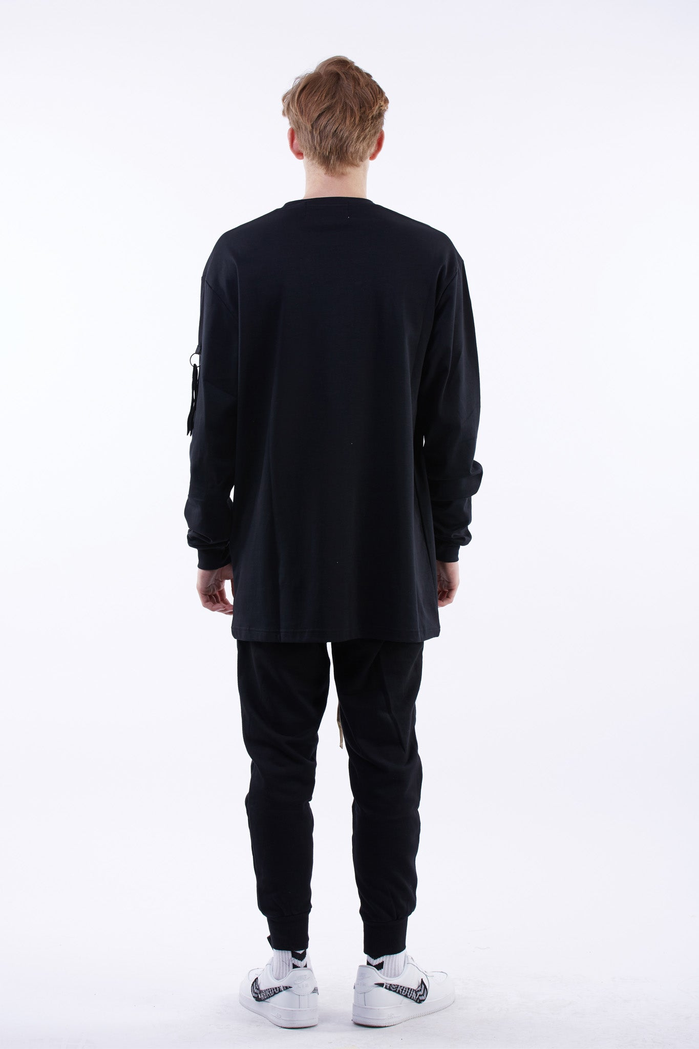 SIGNATURE LONG SLEEVES TEE