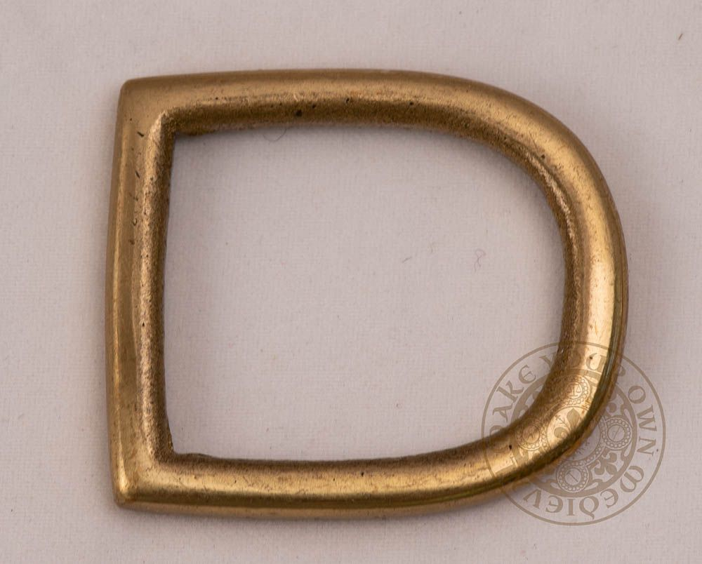 D shape brass belt buckle