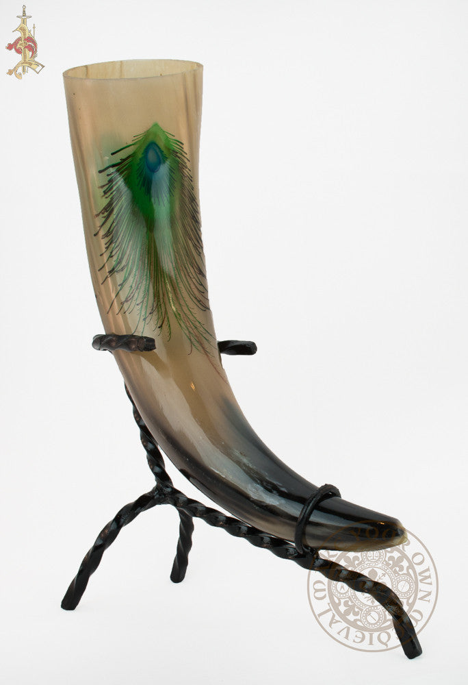 Driking horn with peacock eye design for ladies