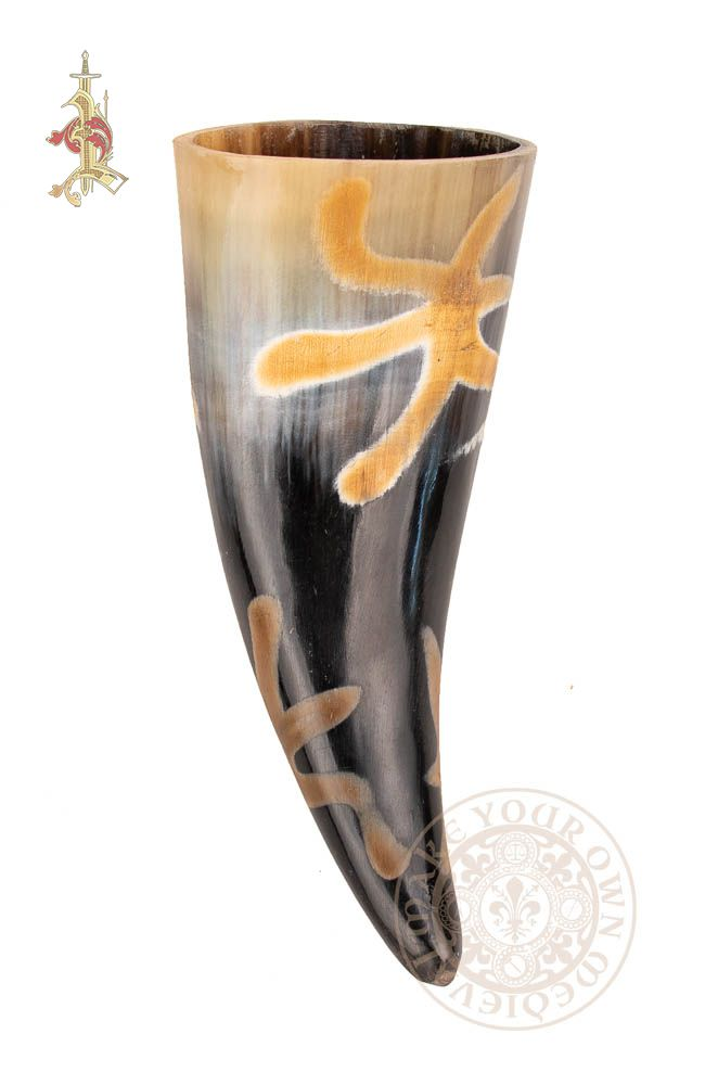Drinking horn with burnt star design