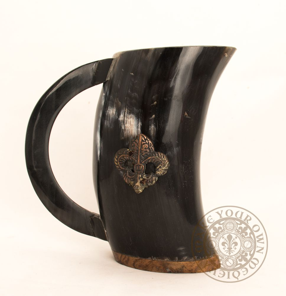 Renaissance Horn cup with handle for SCA feasting