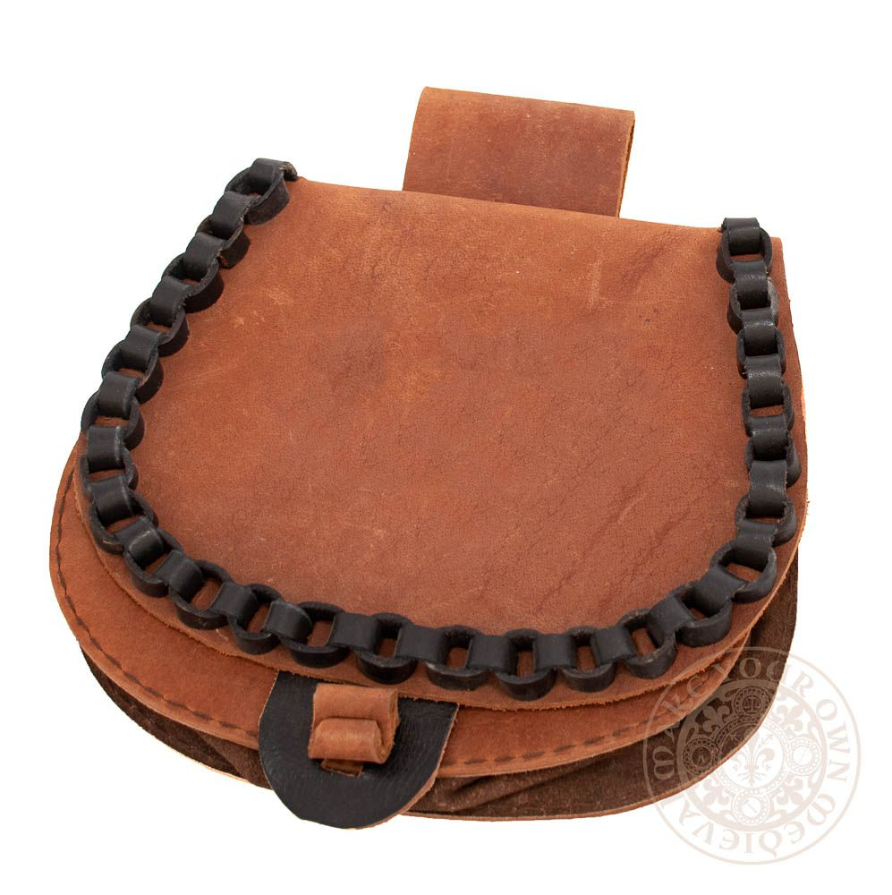 Leather bag with toggle