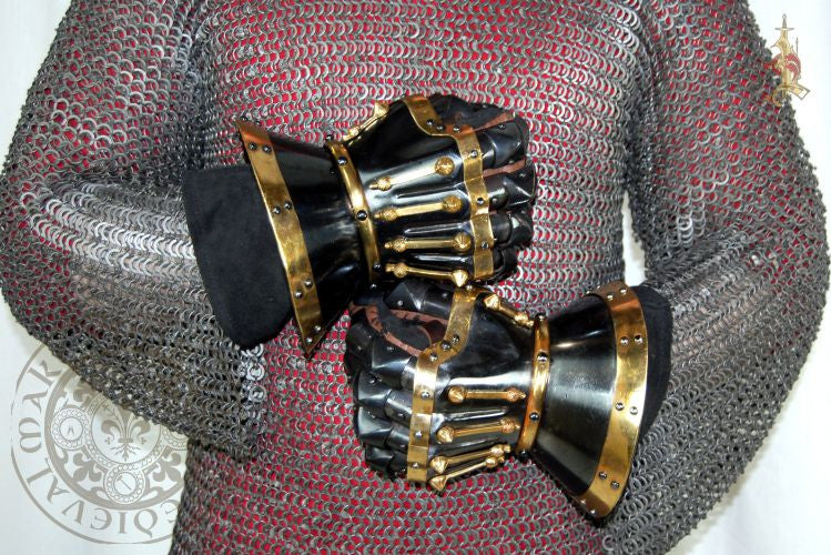 Medieval Hourglass Del Bargello Gauntlets Blackened reproduction
