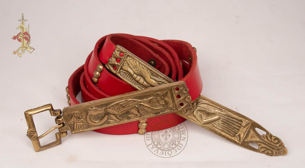 Medieval dragon belt in red leather