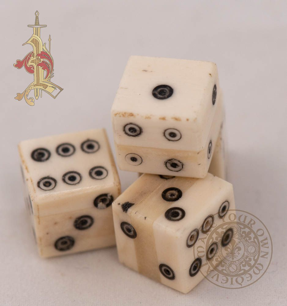 Ring and Dot Bone Dice 11.5mm
