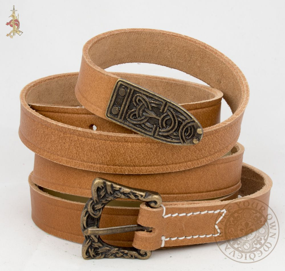 Viking belt with Knotwork Buckle and Strapend in Brown Veg Tan leather