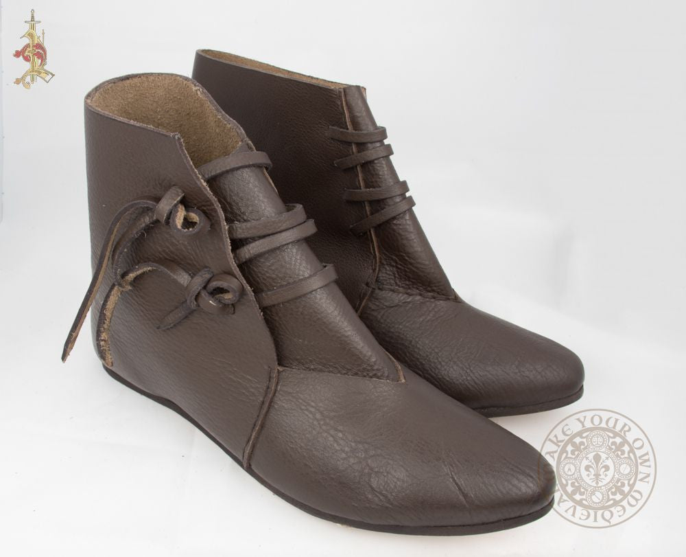 Viking leather shoes in brown with ties