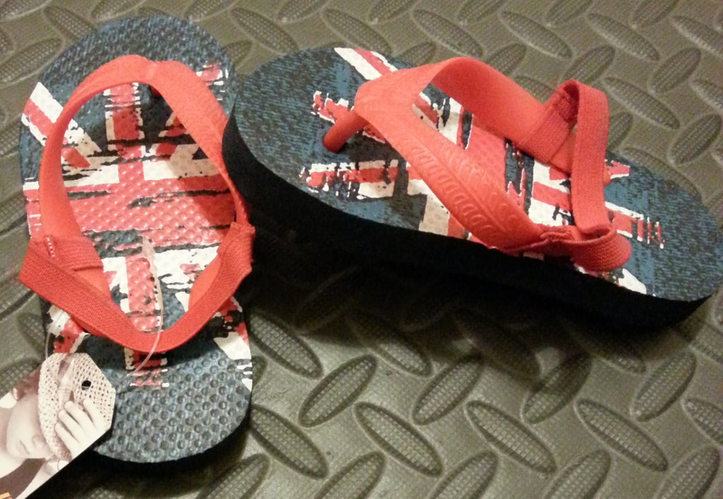 Primark Union Jack Flip Flops Boy's UK Flag Sandals Thongs kids UK Sizes 6 - 11 - Click. Buy. Love. - 1