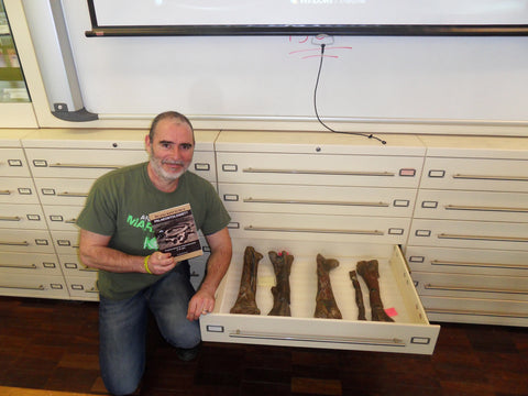 David Penney with Tenontosaurus bones