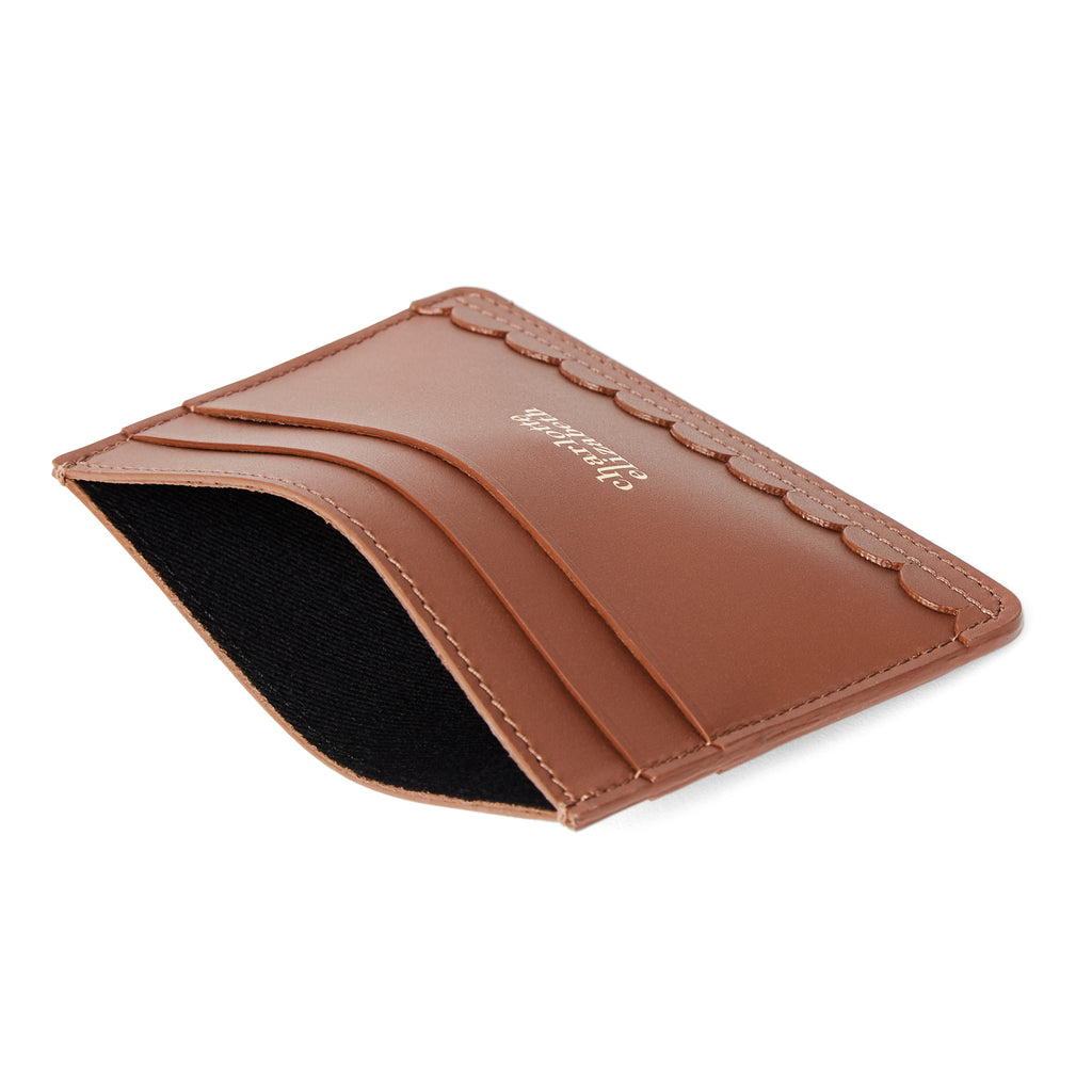 Scallop Card Holder in Chestnut