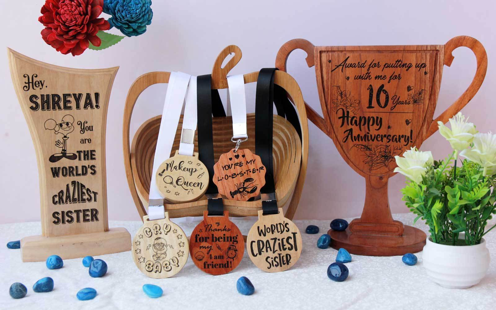 Wooden Trophies, Awards & Medals