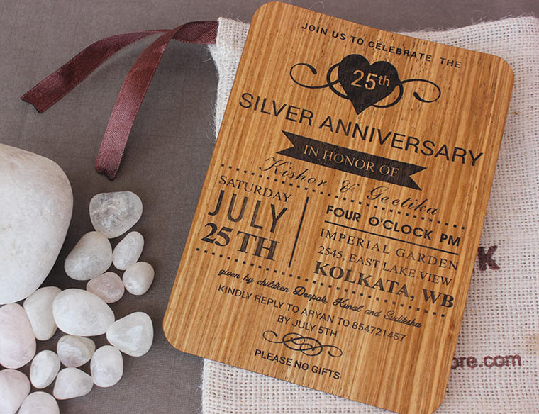 personalized-wooden-weding-invite-carved-by-Woodgeek