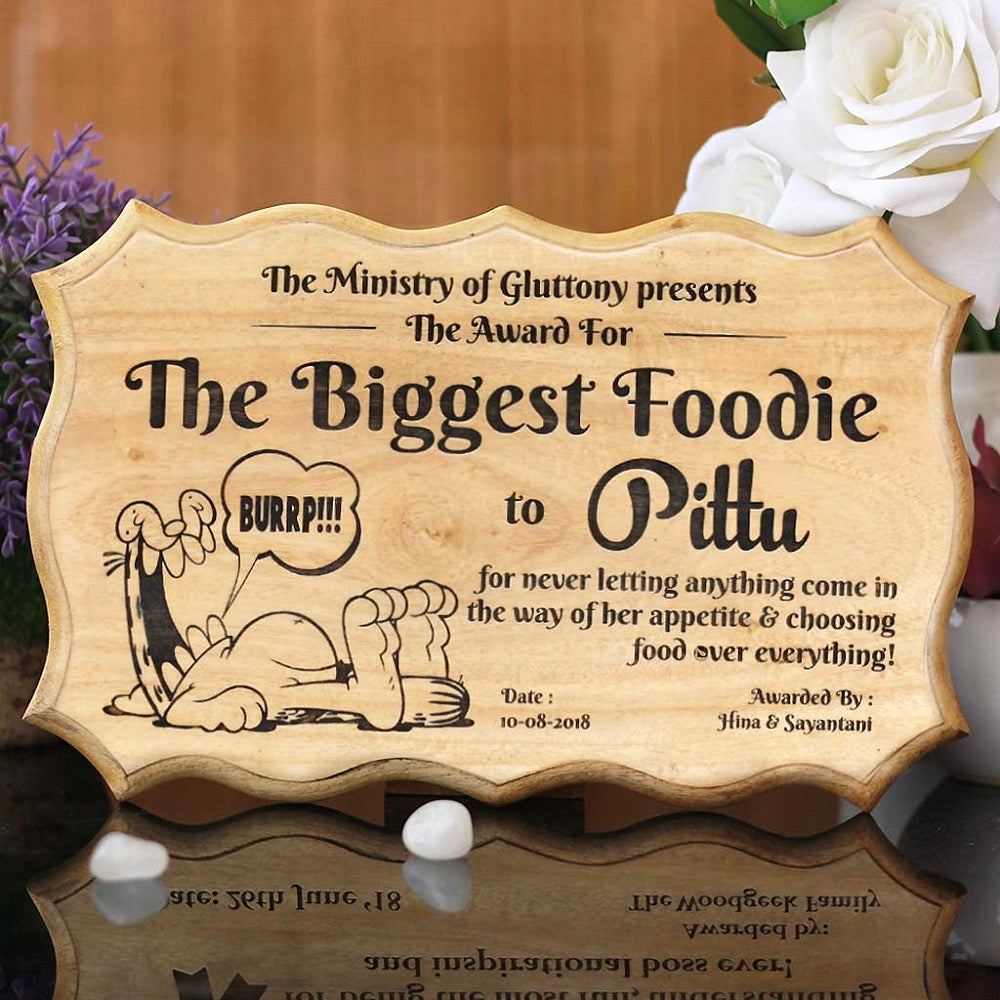 The biggest foodie certificate - wooden certificate - custom certificates - personalized certificates - wood certificate plaque - Best friend gifts - Gifts for friends - Small gifts for sagittarius - woodgeekstore