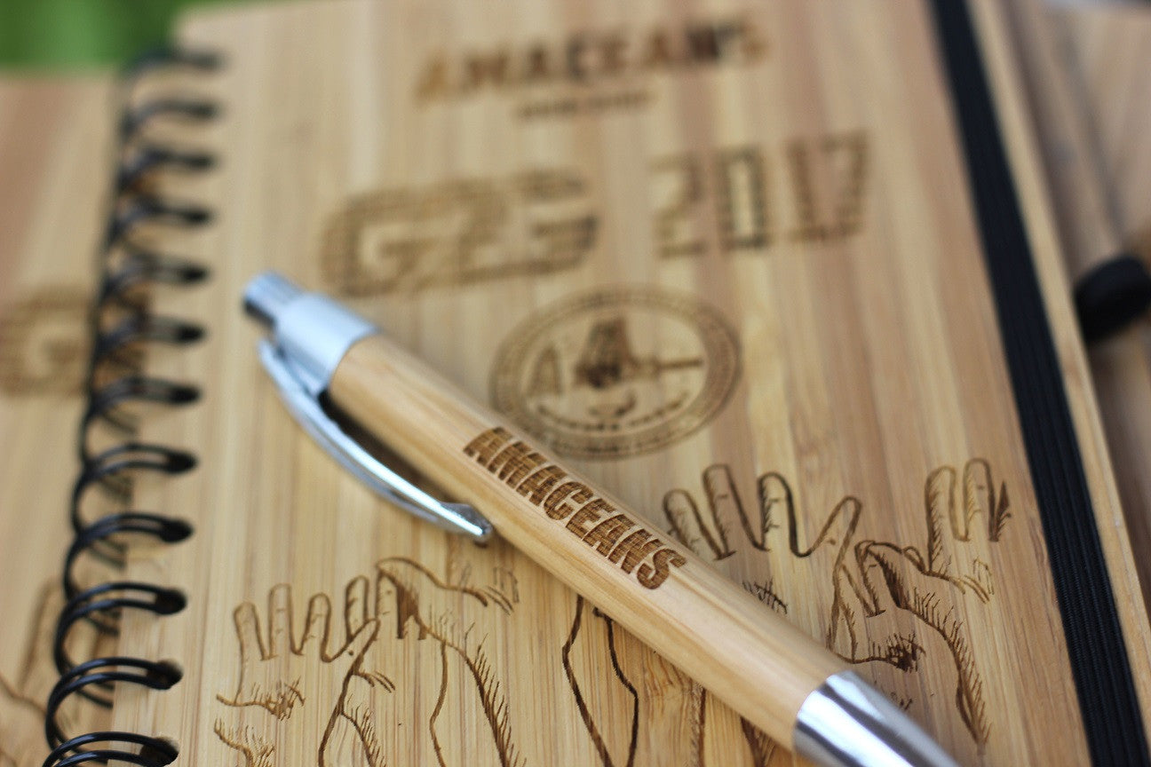 Personalized notebooks for college reunions - Wooden notebooks - Corporate Gifts - Woodgeek Store