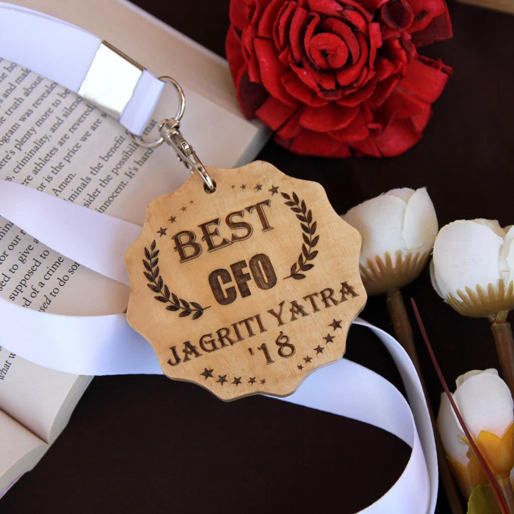 Customize Your Own Wooden Medal - This Custom Award Medal Makes One Of The Best Boss Gifts - Looking For Affordable Gifts To Get Your Boss ? Engrave Cool Custom Medals Online For Your Employers Or Co-Workers From The Woodgeek Store For Your Boss
