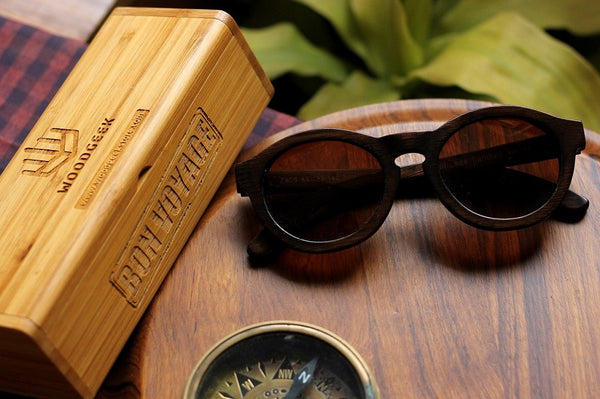 The Retro Round Sunglasses - Personalised Wooden Sunglasses - Woodgeek Store