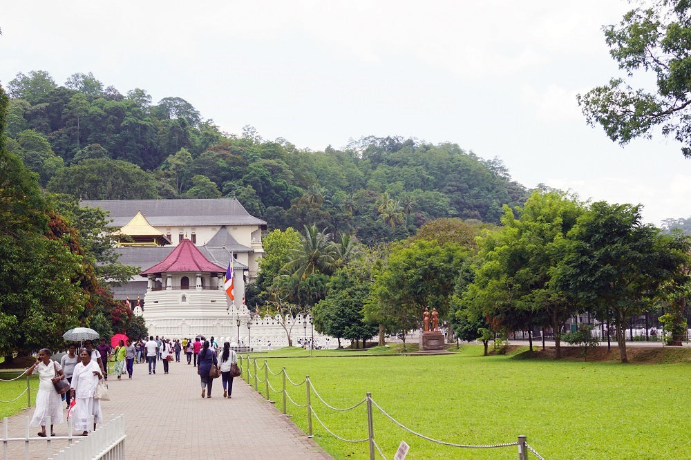 Temple of the Sacred Tooth Relic in Kandy - Sri Lanka Travel Blog - Things to Do in Sri Lanka - Woodgeek Store
