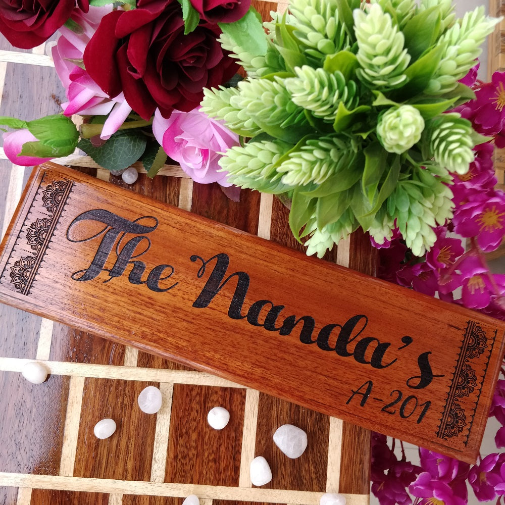 Family Name Plate - Creative Door Name Plates - Outdoor Wooden Family Name Signs - Wooden Name Plates - Woodgeek Store