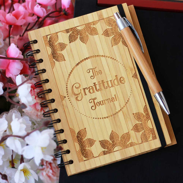 Gratitude Journal - Bamboo Wood Notebook - Bamboo Wood Notebook - Customised Wooden Diary - Engraved Notebook - Unique New Year Gift - Online Wood Shop - Woodgeek - Woodgeekstore