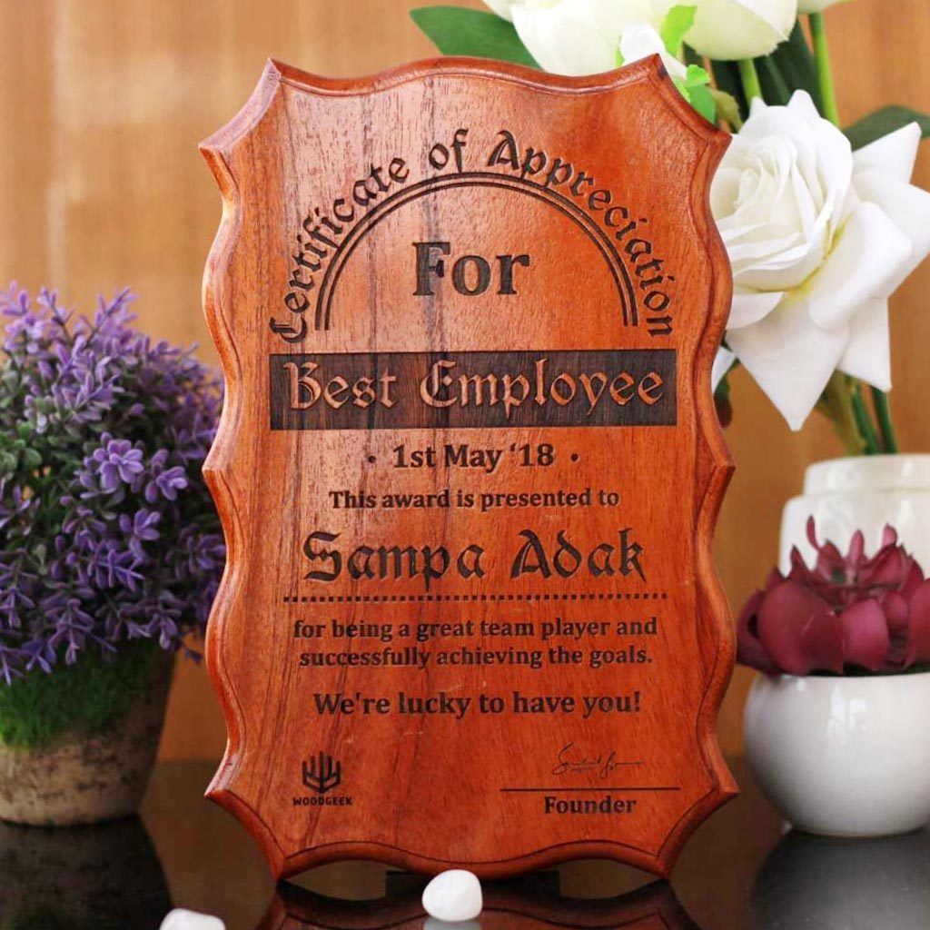 Personalized Wooden Certificate Of Appreciation - These Award Certificates Make Perfect Executive Gifts - These personalized gifts from The Woodgeek Store make great gifts for a boss who has everything.
