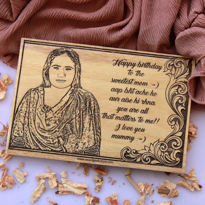 Photo engraving on wood and a carved birthday message makes best birthday gifts for mom. A gift for mother engraved with a photo on wood. Looking for gifts for mom? This Personalised Gift Is Perfect!