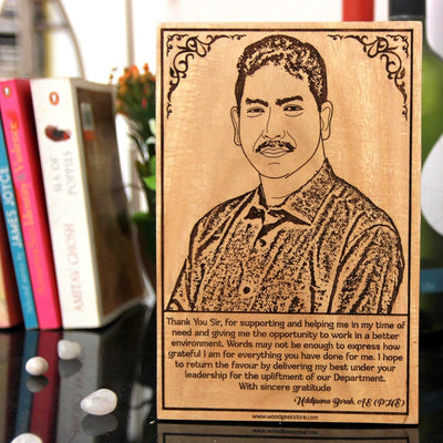 Thank You Sir Wood Engraved Photo With Thank You Sir Note. This Photo On Wood Is The Best Gift For Sir. Looking For Teacher's Day Gifts Online? This Is The Best Gift For Boss On Teacher's Day.