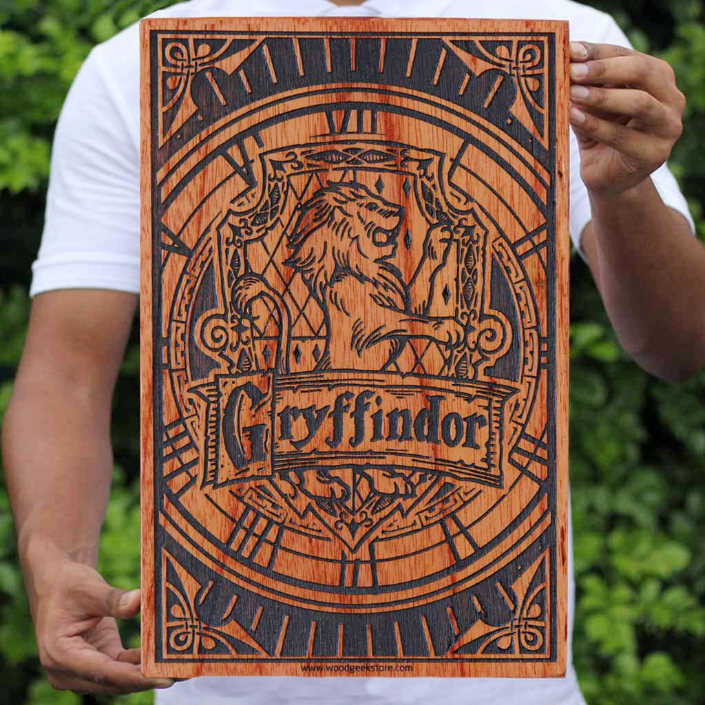 Hogwarts House Gryffindor Wooden Poster & Wall Art - Gifts for Harry Potter fans by Woodgeek Store