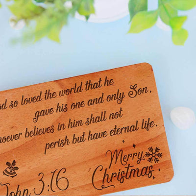 Merry Christmas Card. Wooden Christmas Cards. Personalised Christmas Cards Engraved On Wood Sheets. These Wooden Cards Are The Best Way To Send Christmas Greetings To Loved Ones.
